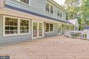 Large deck w new flooring and rails - 16332 HAMPTON RD, HAMILTON