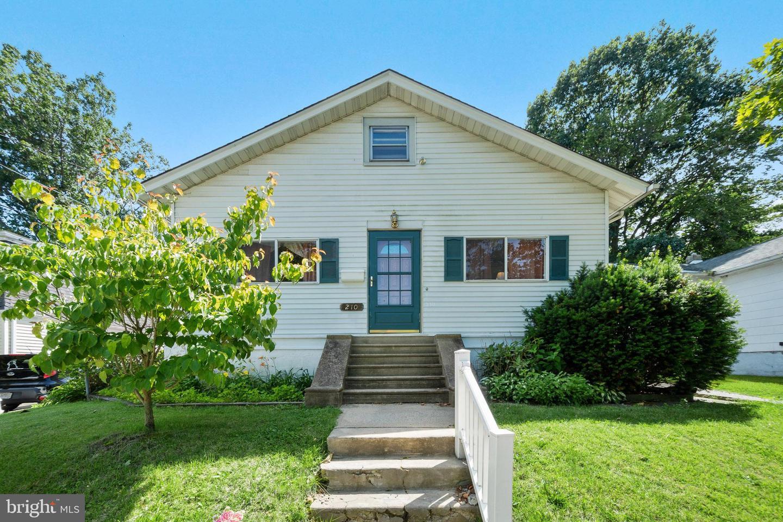 Single Family Homes para Venda às Westmont, Nova Jersey 08108 Estados Unidos