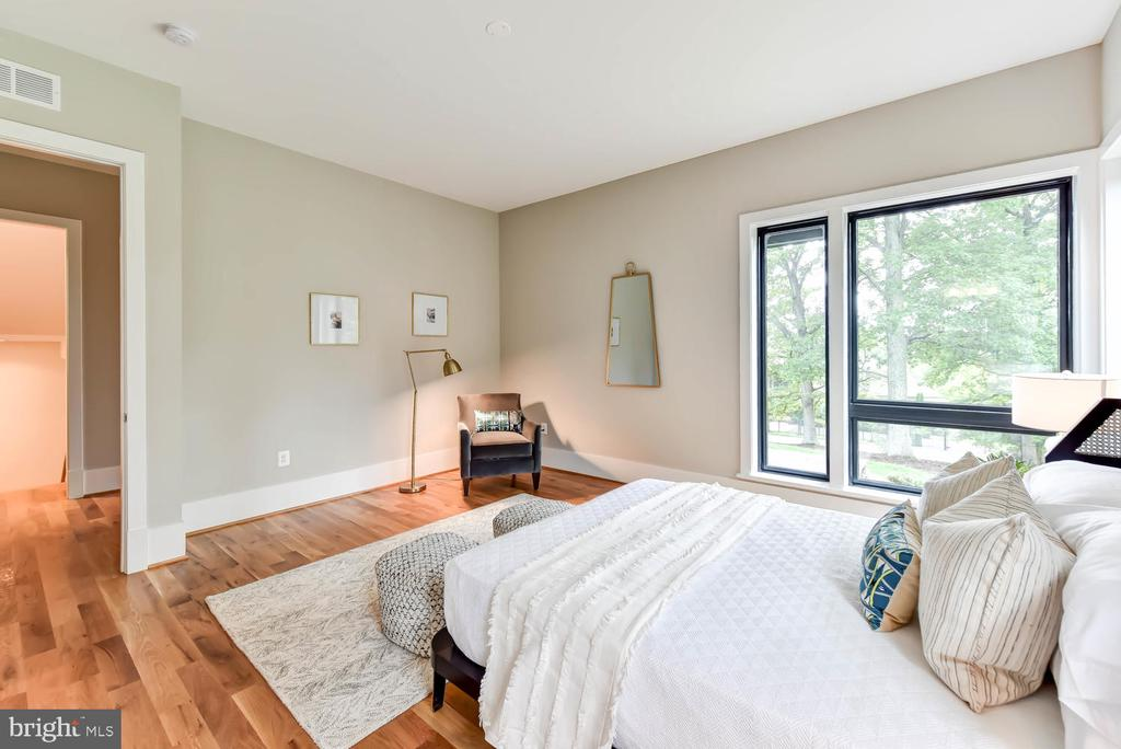 Main level Master Suite - 1281 SERENITY WOODS LN, VIENNA
