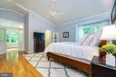 Retreat to your master suite with attached sunroom - 5912 ONE PENNY DR, FAIRFAX STATION