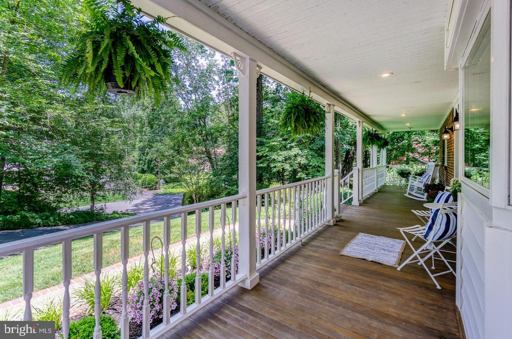 Your front porch view doesn't get better than this - 5912 ONE PENNY DR, FAIRFAX STATION
