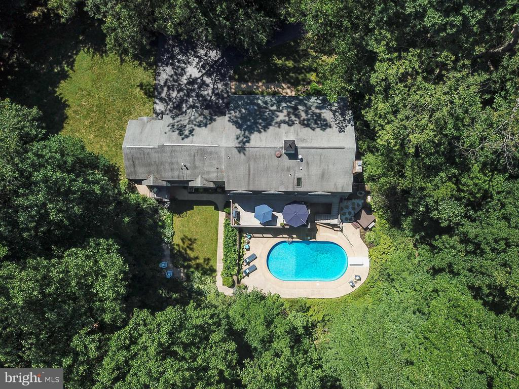 Escape to your backyard oasis - 5912 ONE PENNY DR, FAIRFAX STATION
