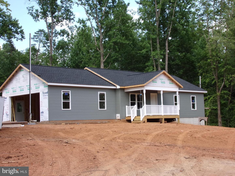 Single Family for Sale at 11398 Twin Lakes Ln 11398 Twin Lakes Ln Boston, Virginia 22713 United States
