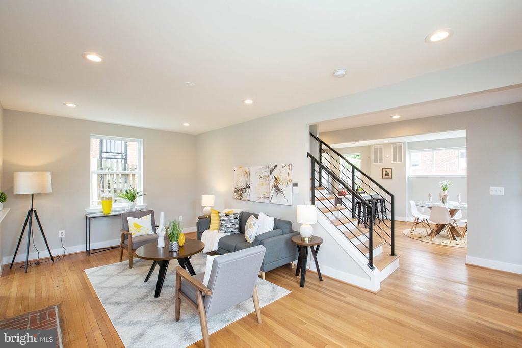 Living room - 45 MADISON ST NW, WASHINGTON