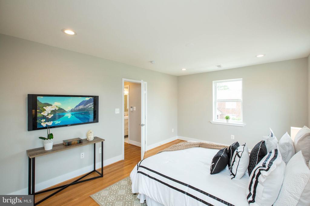 Master bedroom - 45 MADISON ST NW, WASHINGTON