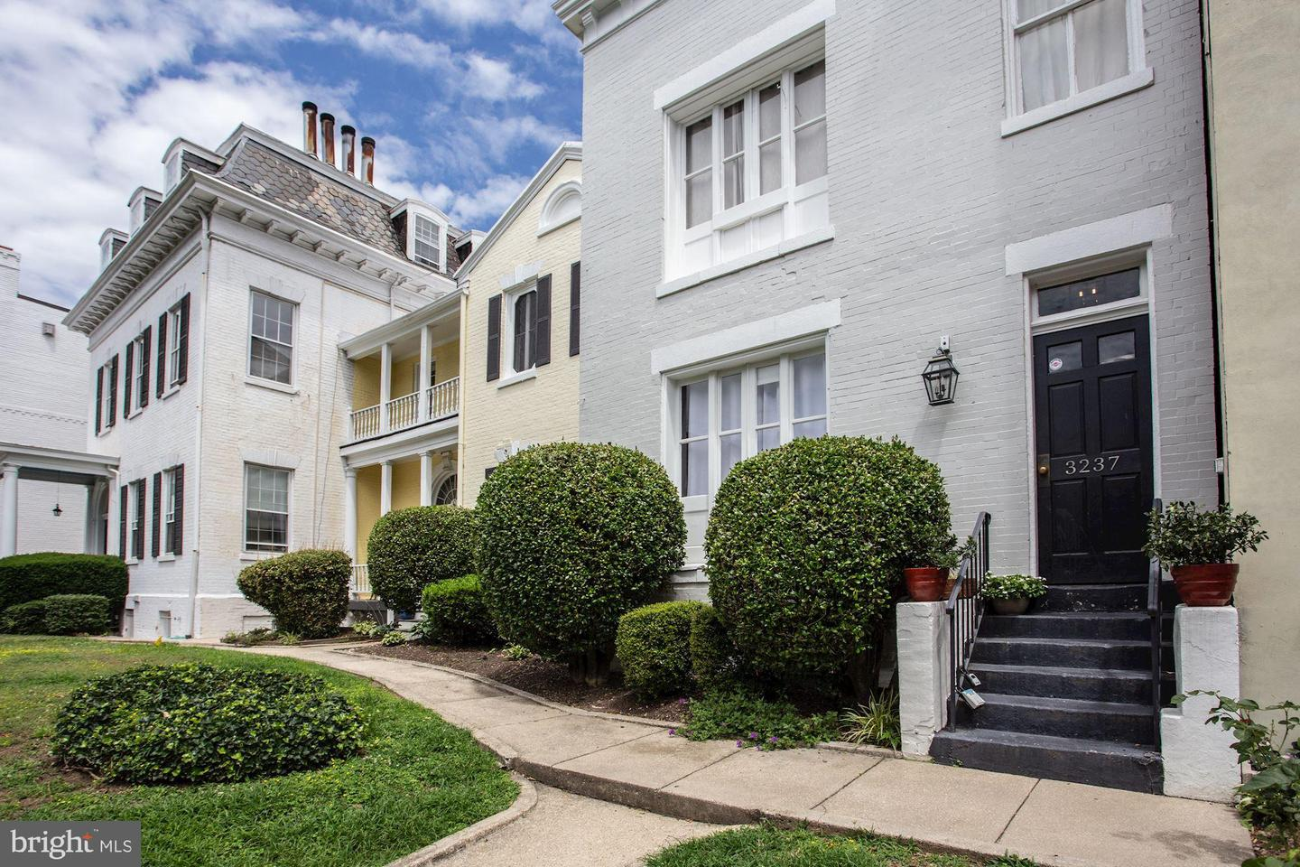 Single Family for Sale at 3237 N St NW #16 Washington, District Of Columbia 20007 United States