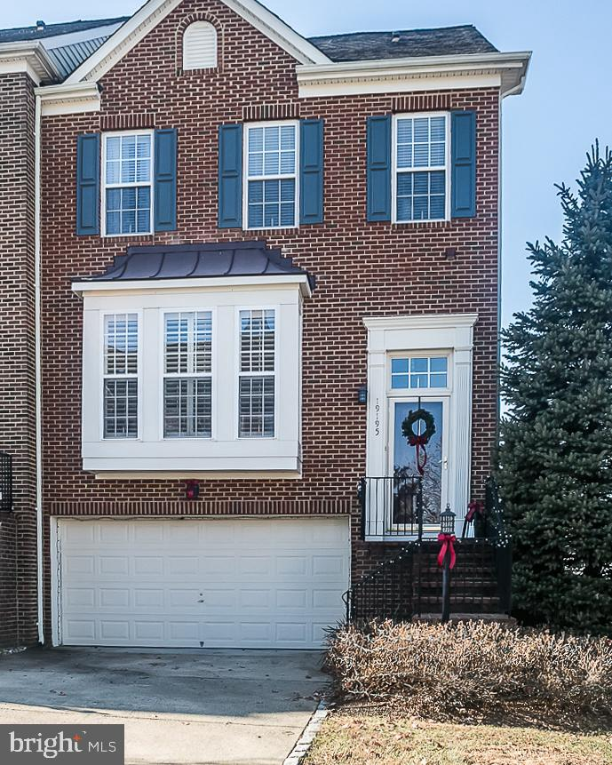 other residential homes for Rent at 19195 Sweig Ter Leesburg, Virginia 20176 United States