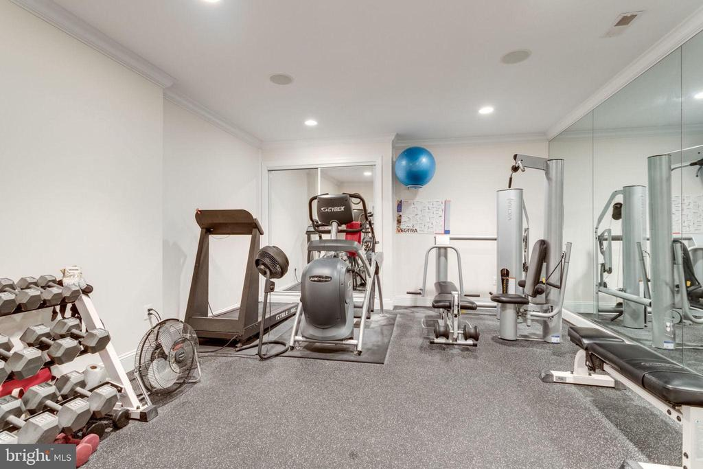 EXERCISE ROOM - 1030 HARVEY RD, MCLEAN