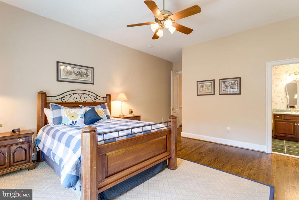 BEDROOM 1 - 1030 HARVEY RD, MCLEAN