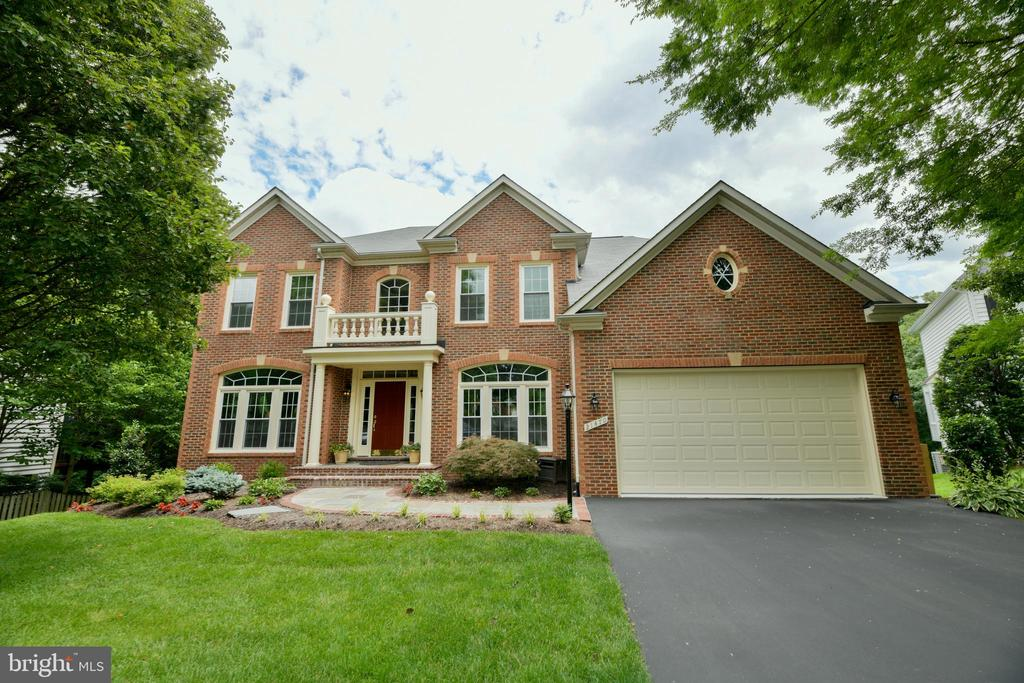 Welcome Home! - 21470 BASIL CT, BROADLANDS