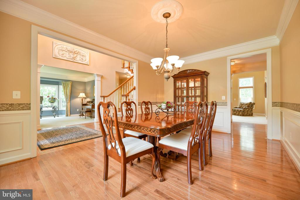 Formal dinning room - 21470 BASIL CT, BROADLANDS