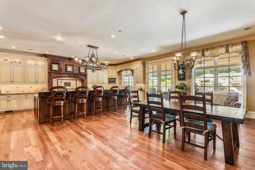Heart of the home!  Stunning open concept kitchen - 14416 LOYALTY RD, LEESBURG