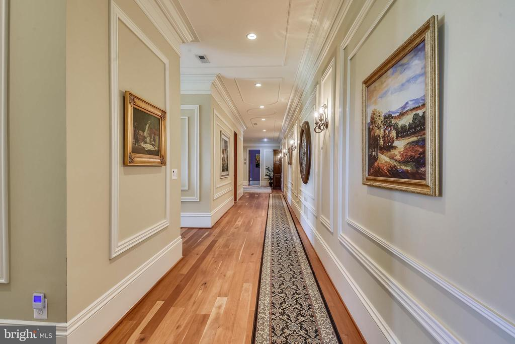 Second floor hall w/detailed mill work - 14416 LOYALTY RD, LEESBURG