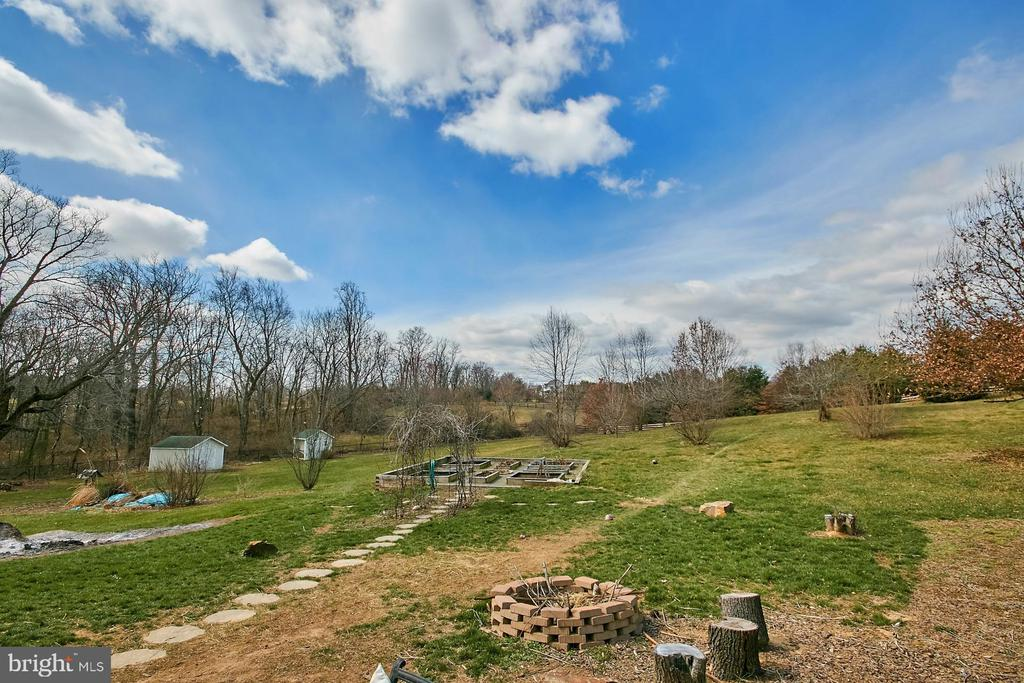 Rear Acreage - 19187 SWAN CT, PURCELLVILLE