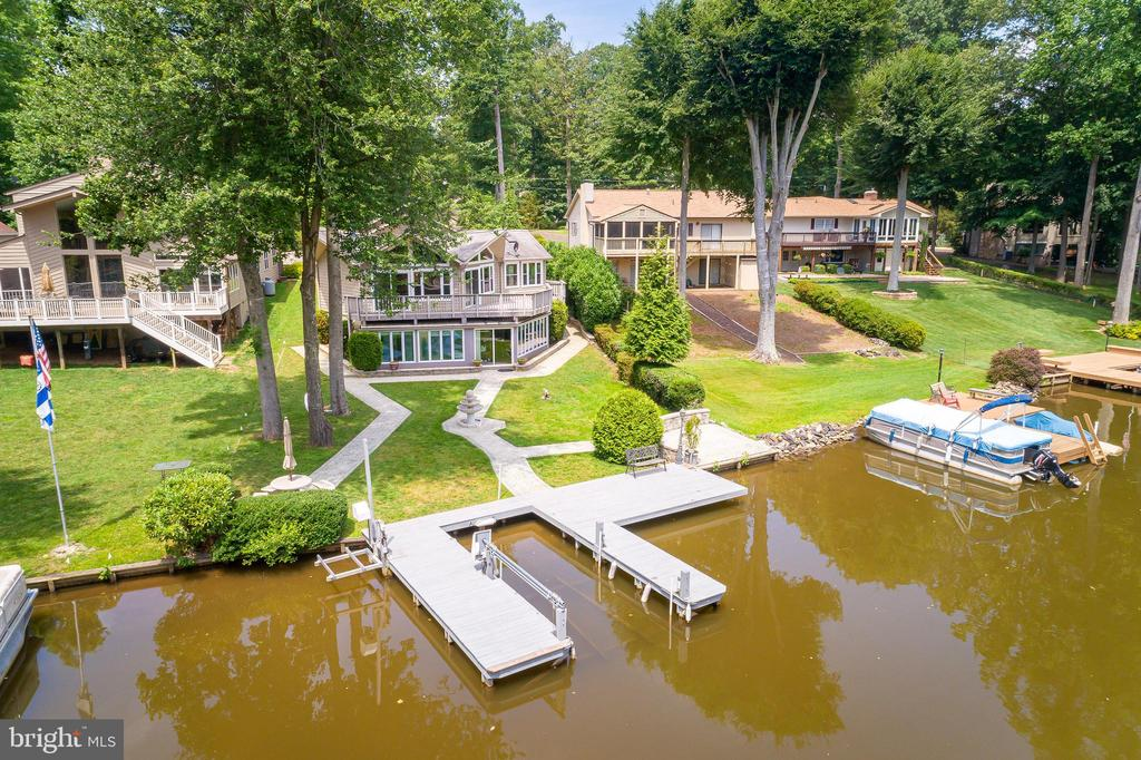 THIS COULD BE YOURS - 100 HARBOURVIEW DR, LOCUST GROVE