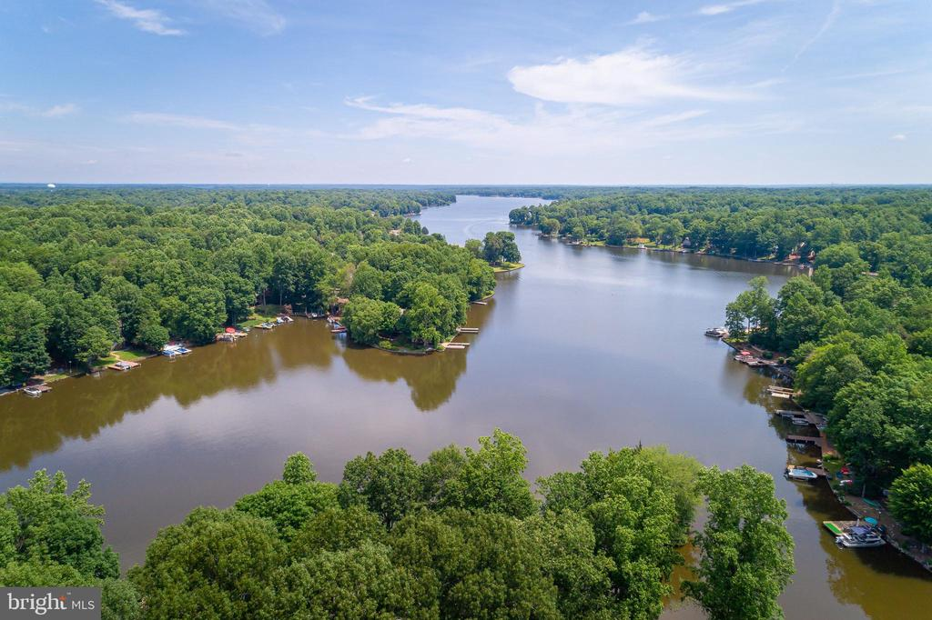 CALL YOUR AGENT NOW! - 100 HARBOURVIEW DR, LOCUST GROVE