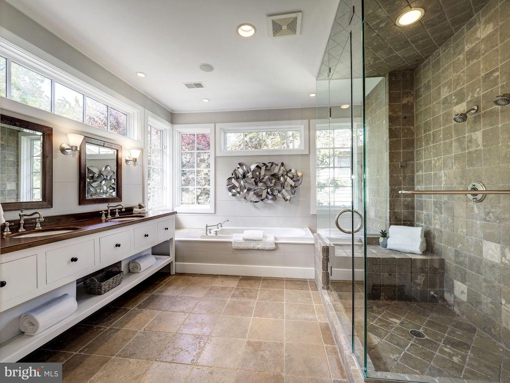Owner's spa bath with double sink vanity - 4412 WALSH ST, CHEVY CHASE