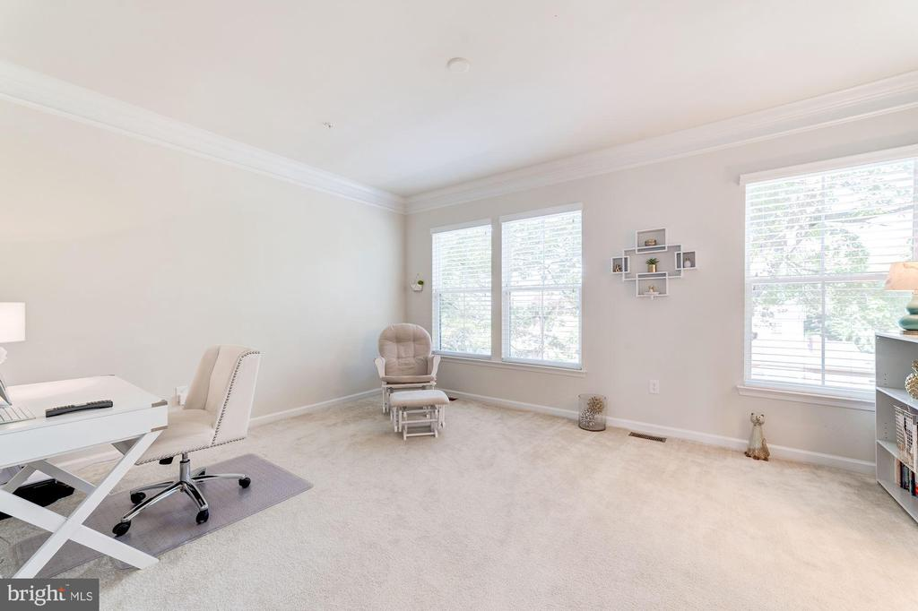 Second Bedroom - 3965 OAK ST, FAIRFAX