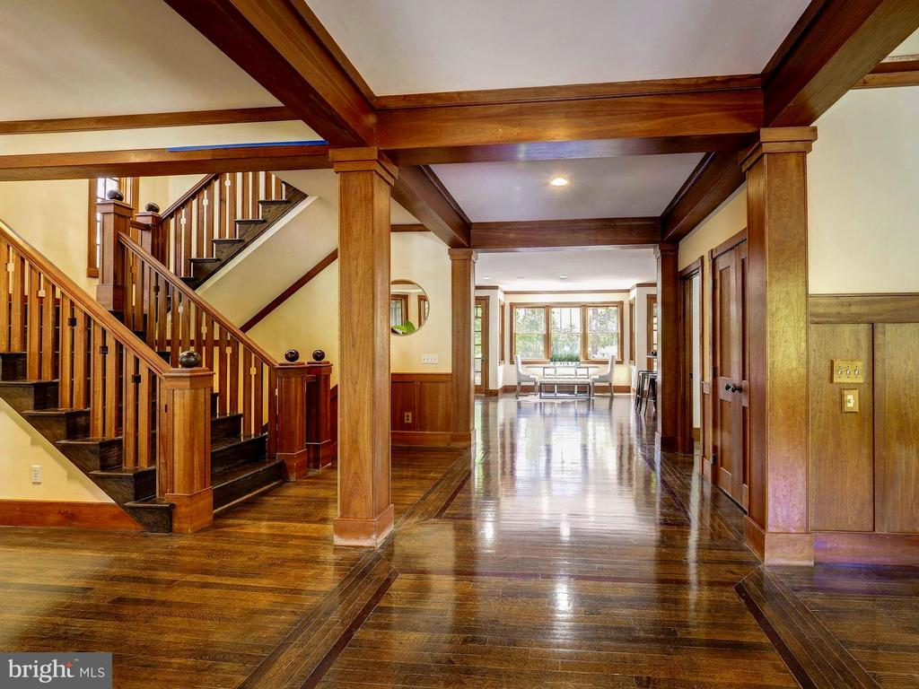 Rich, custom millwork - 4412 WALSH ST, CHEVY CHASE