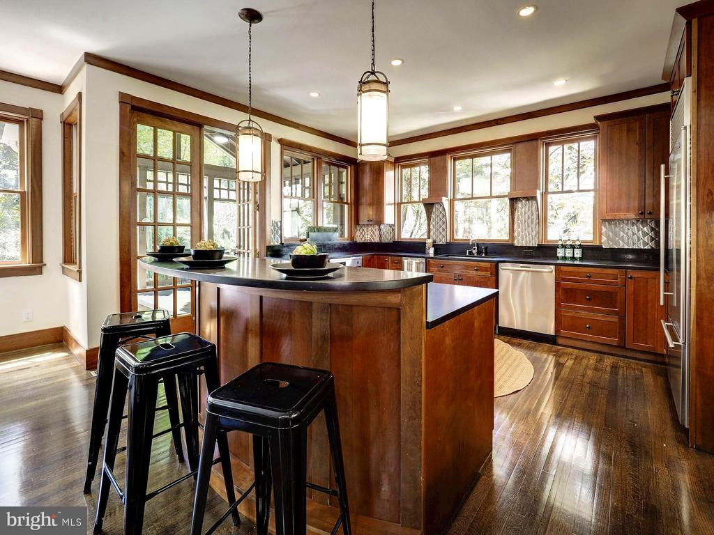 Honed granite countertops - 4412 WALSH ST, CHEVY CHASE