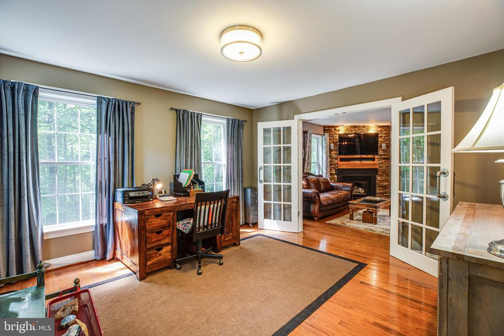 Large Study w/ French doors - 36 BETHANY WAY, FREDERICKSBURG