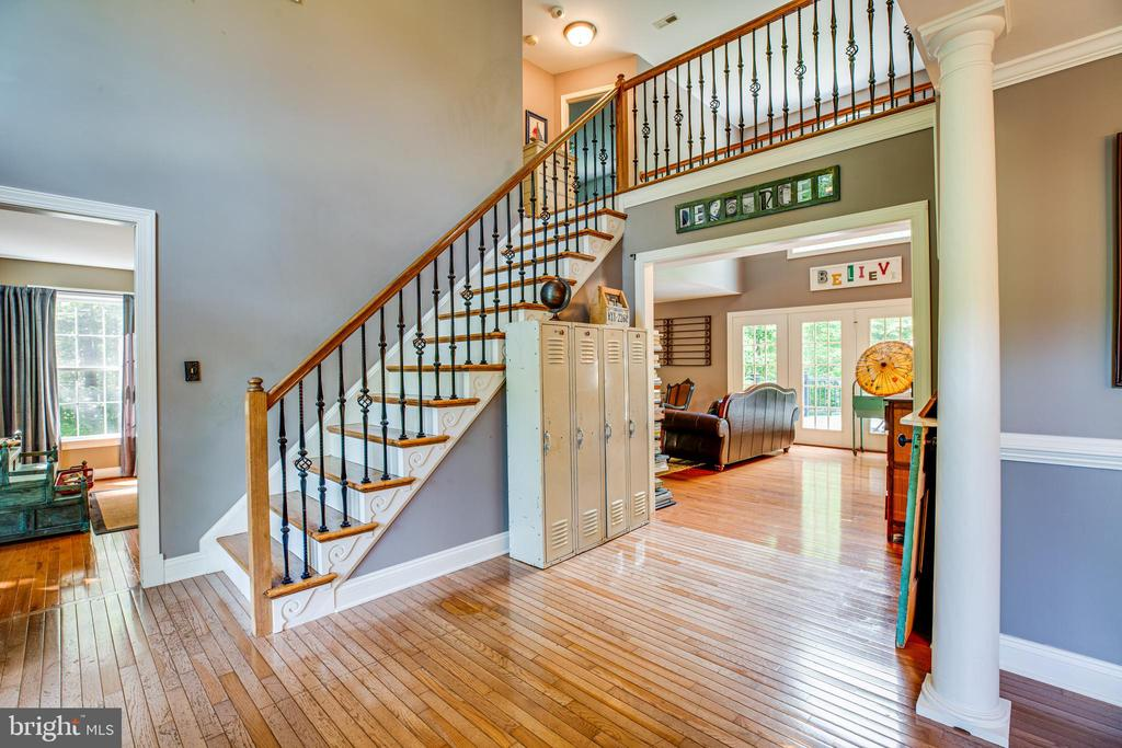 2 story entry foyer - 36 BETHANY WAY, FREDERICKSBURG