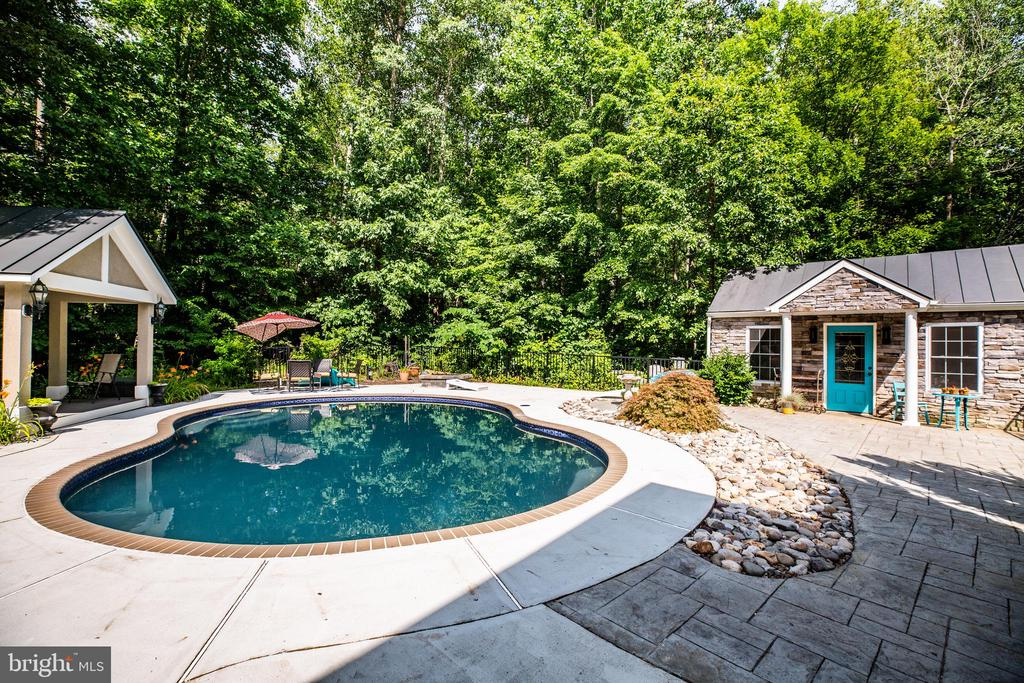 Pool with gazebo to lounge underneath! - 36 BETHANY WAY, FREDERICKSBURG