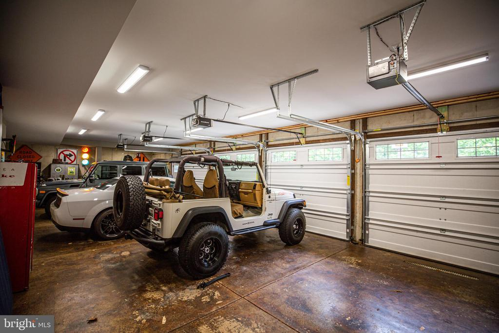 Interior of garage - 36 BETHANY WAY, FREDERICKSBURG