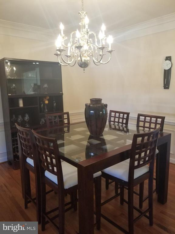 Formal dining room - 1850 BRENTHILL WAY, VIENNA