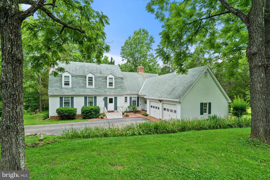 9423  DOUBLE EAGLE LANE, Marshall in FAUQUIER County, VA 20115 Home for Sale
