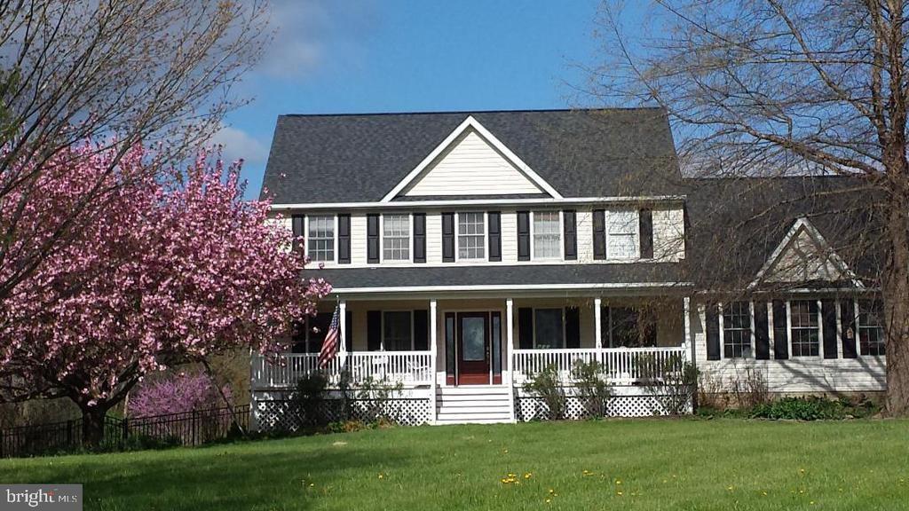 Spring Picture 2019 - 19187 SWAN CT, PURCELLVILLE