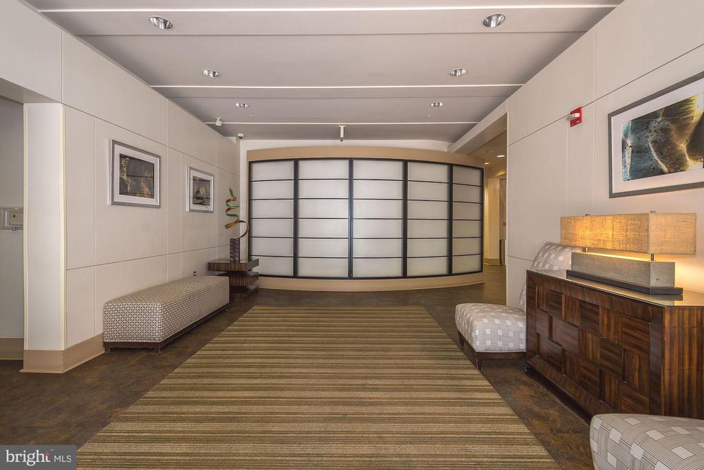 Building Entrance/Lobby Area - 715 6TH ST NW #205, WASHINGTON