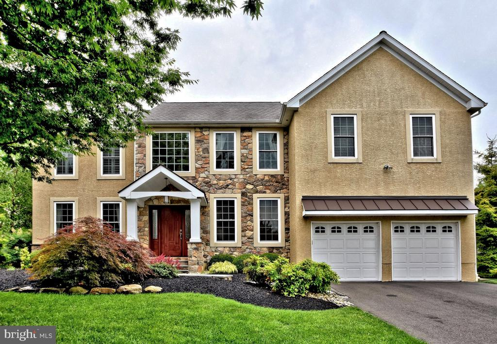 1545  OLD FARM COURT, Yardley in BUCKS County, PA 19067 Home for Sale