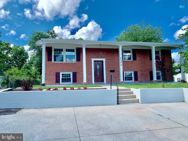 2306  BEACON HILL ROAD, Alexandria, Virginia