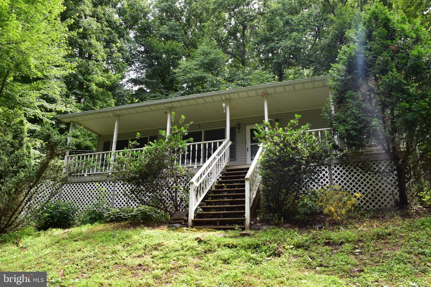 Single Family for Sale at 355 Mountain Heights Rd Front Royal, Virginia 22630 United States