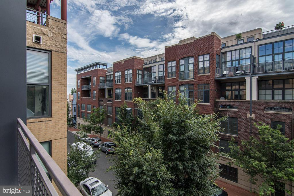View from patio - 2301 CHAMPLAIN ST NW #305, WASHINGTON