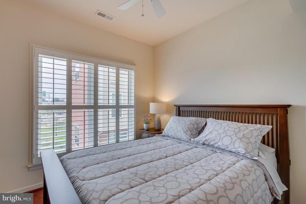 Second Bedroom - 800 3RD ST SE, WASHINGTON