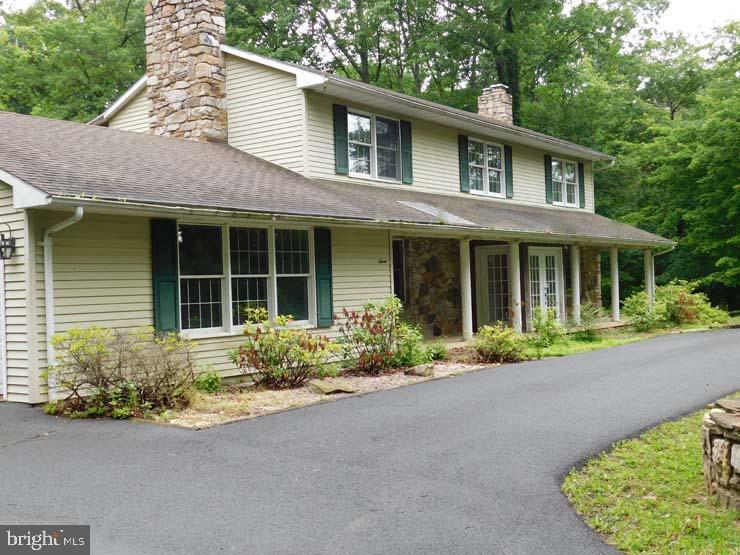 Single Family Homes للـ Sale في McClure, Pennsylvania 17841 United States