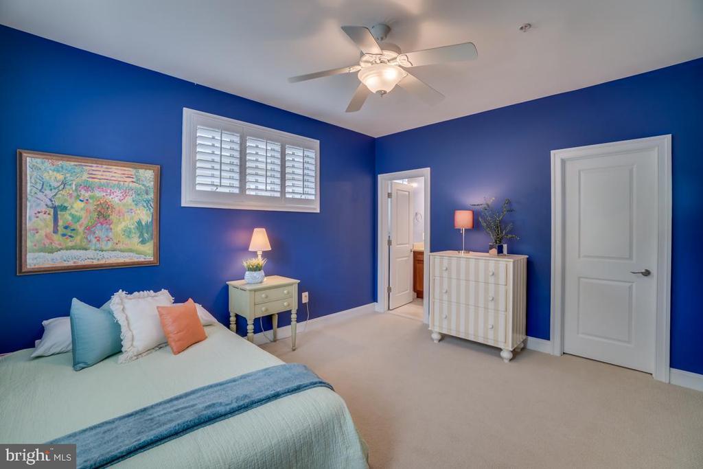 Bedroom 4 - 5623 JOHNSON AVE, BETHESDA