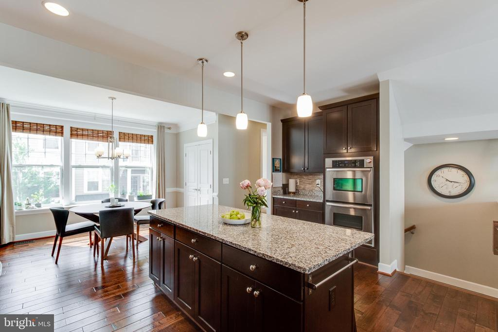 Kitchen with Double Wall Ovens - 127 ANTHEM AVE, HERNDON