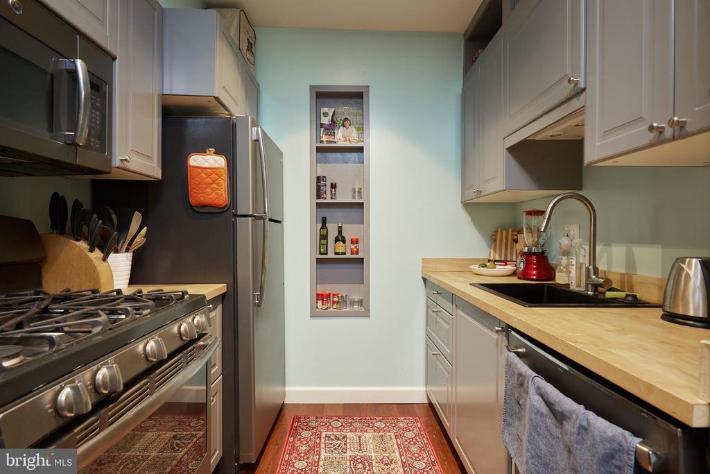 Lower Level Apartment Kitchen - 1844 13TH ST NW, WASHINGTON