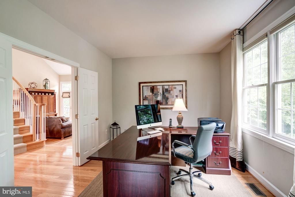 Office - 12215 JONATHONS GLEN WAY, HERNDON
