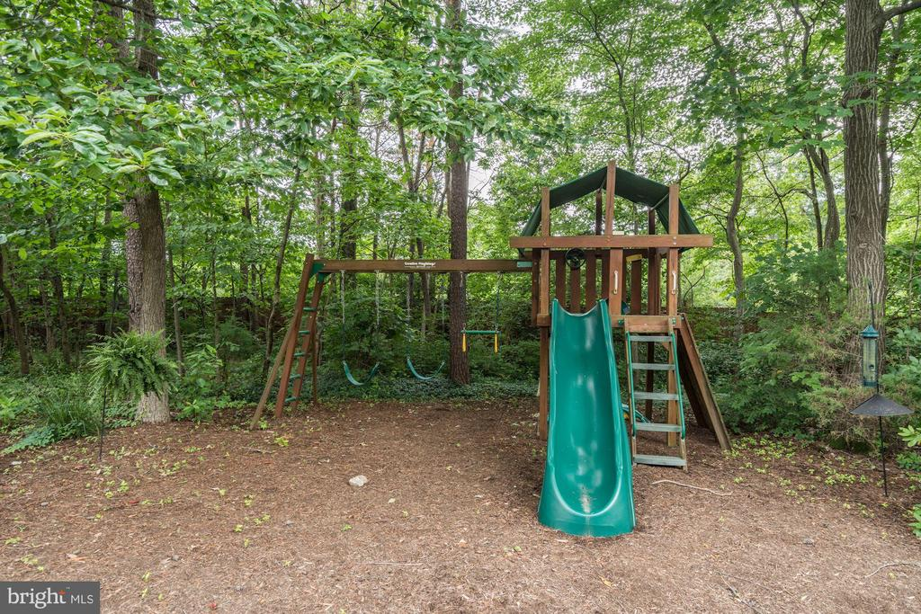 Playground - 12215 JONATHONS GLEN WAY, HERNDON