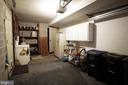 Garage with work space - 306 G ST SE, WASHINGTON