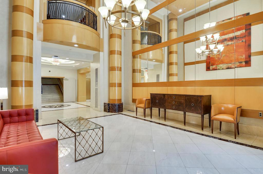 Lafayette Lobby - 631 D ST NW #639, WASHINGTON