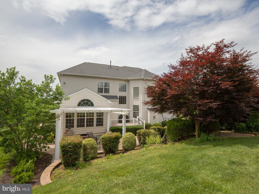 - 6853 MILL VALLEY DR, WARRENTON