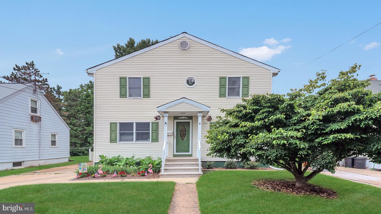 single family homes 용 매매 에 Hamilton, 뉴저지 08619 미국