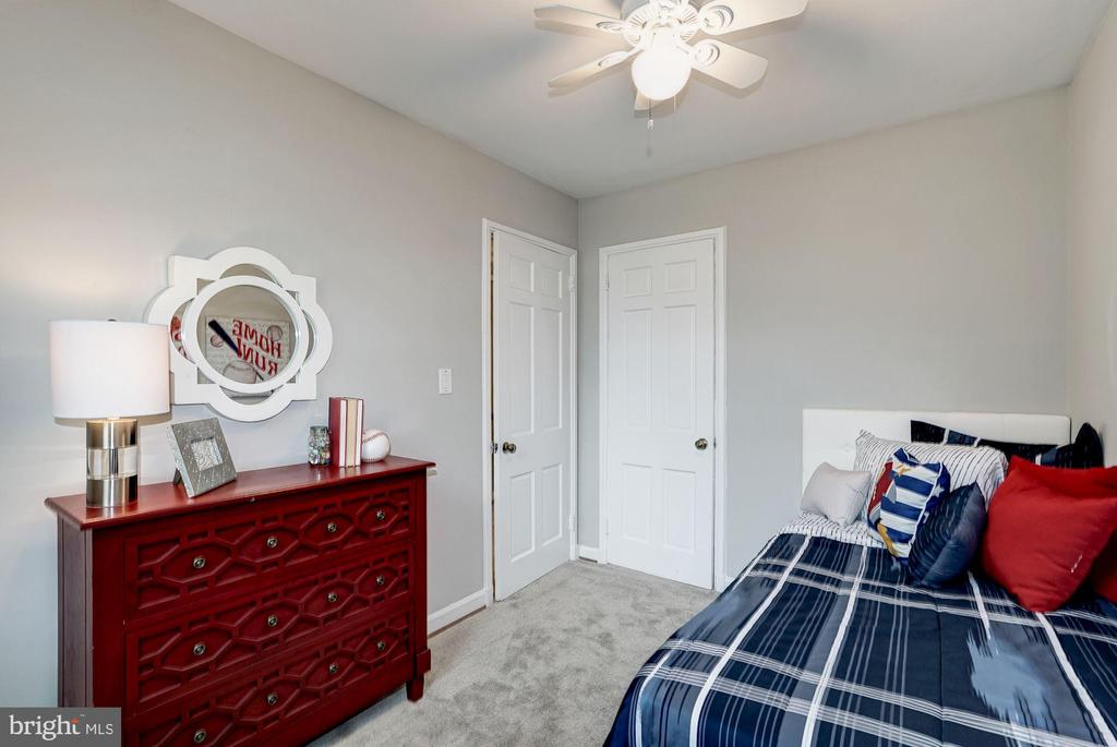 Bedroom #2 - Ceiling Fan & Overhead Lighting - 4636 36TH ST S #A, ARLINGTON