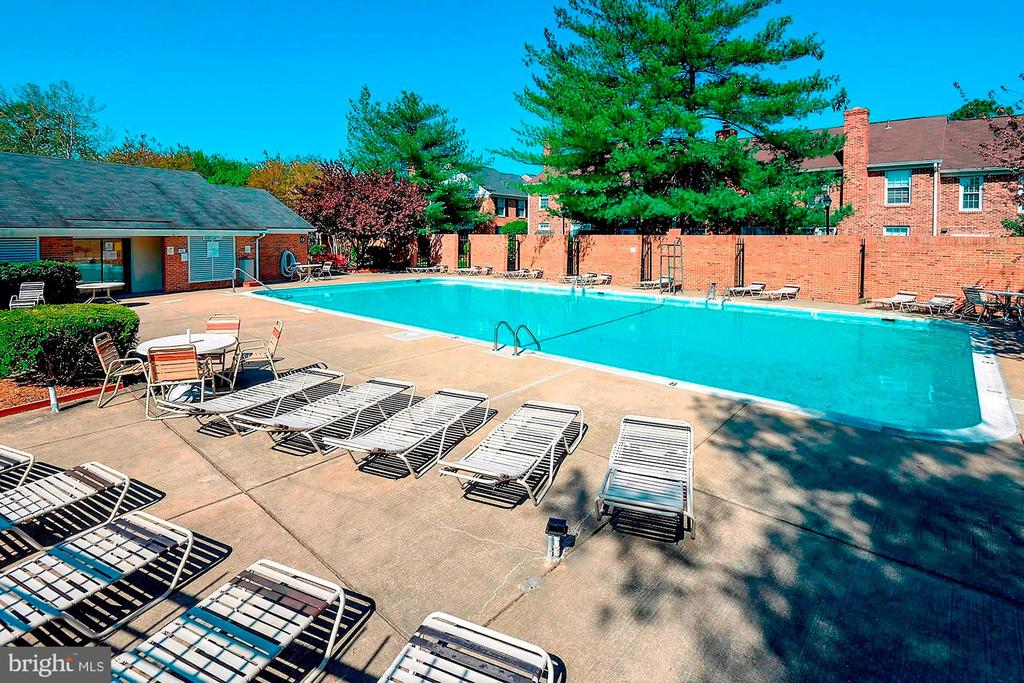 Community Pool - 4636 36TH ST S #A, ARLINGTON