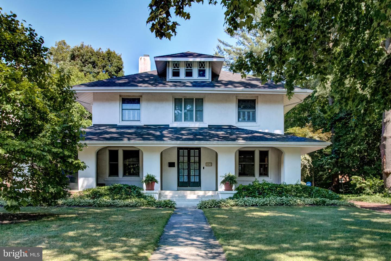 single family homes för Försäljning vid Hightstown, New Jersey 08520 Förenta staterna